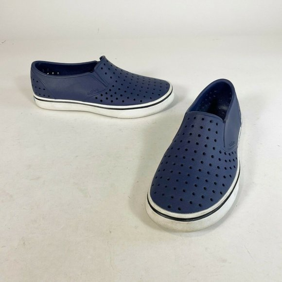 Native Unisex Miles Summer Slip On Loafers Navy Blue Sz M5/W7 Lightweight Shoes